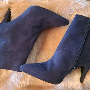 NIB Carlos Santana Mandarin Ankle Boots